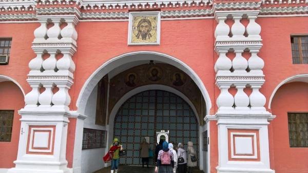 Древнейший московский монастырь был основан в 1282 г. св. блгв. кн. Даниилом Московским
